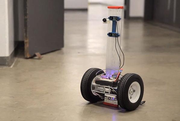 Компания UC разработала пожарного робота!