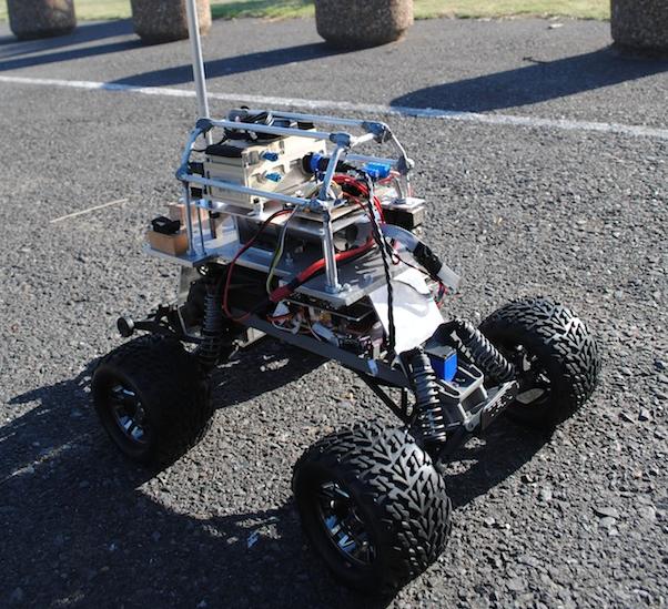 IROS 2013: Робокар становится гиперманевренным благодаря приводному хвосту