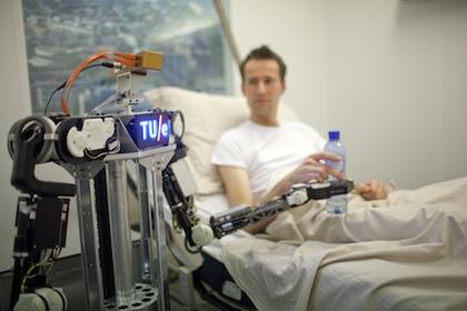 Роботы обмениваются знаниями через Википедию для роботов