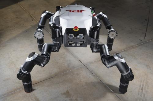 Дамы и господа, обуйте ваших роботов!