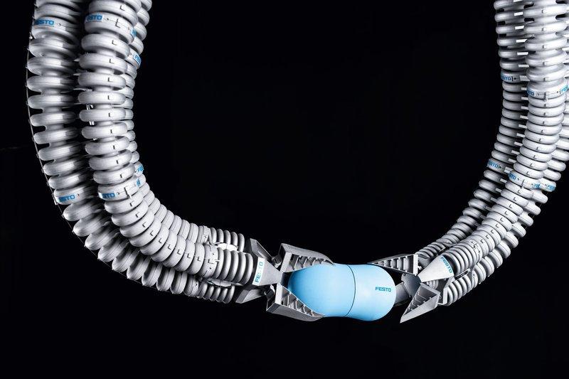 Немецкая компания создает своего «Доктора Осьминога», самообучающиеся манипуляторы
