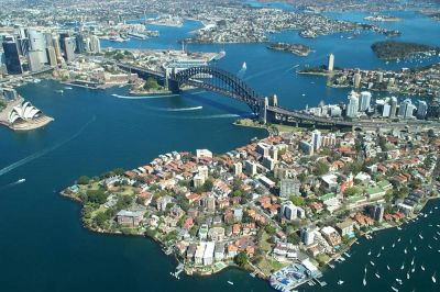 Sydney_Harbour_Bridge_from_the_air_400_266_80