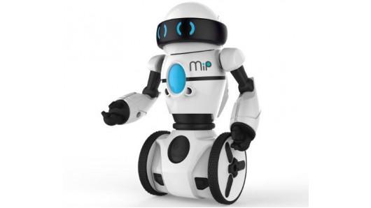 Самобалансирующийся робот MiP готов прокатиться