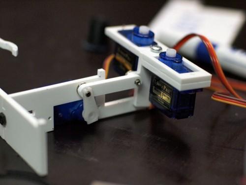 robot-is-3d-printera-3