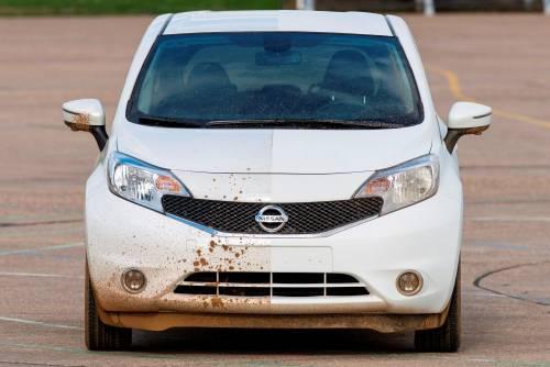 Самоочищающаяся краска от Nissan