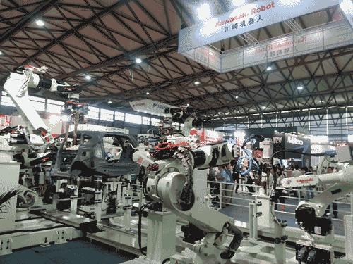 Международный показ роботов в Китае побил рекорды