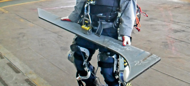 Роботизированные костюмы, дающие сверх силу, уже используются в реальности