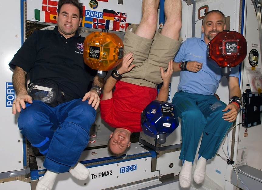 Роботы НАСА покорят МКС в 2017