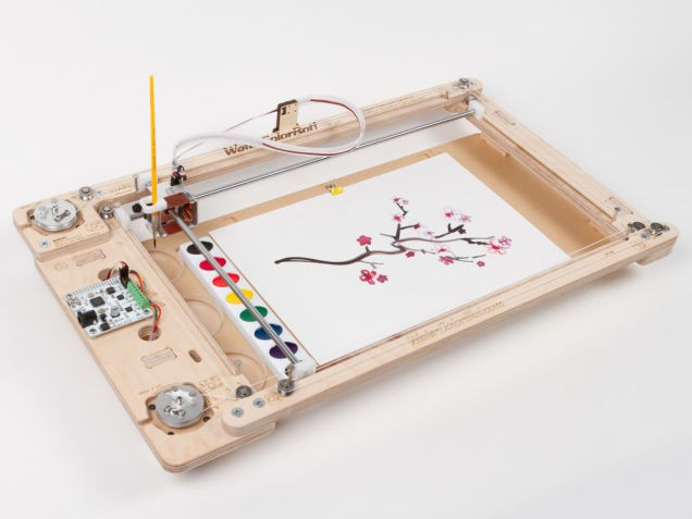 С новым роботом WaterColorBot каждый станет художником