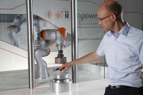 Промышленные роботы будут задействованы не только в автомобильной индустрии