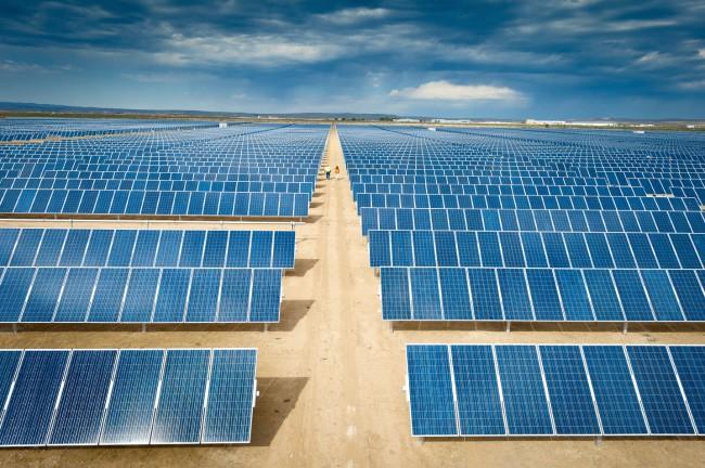 Англичане разрабатывают новую технологию получения дешевой солнечной энергии!