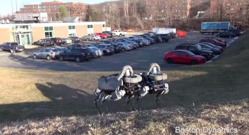 Boston Dynamics раскрывает карты – последняя версия четвероного робота Spot