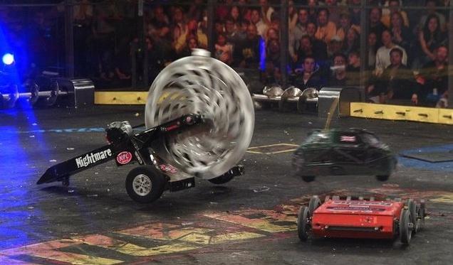 Спустя десять лет BattleBots снова в эфире, шоу обещает быть грандиозным