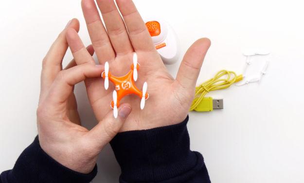 Действительно ли это — самый маленький дрон в мире?