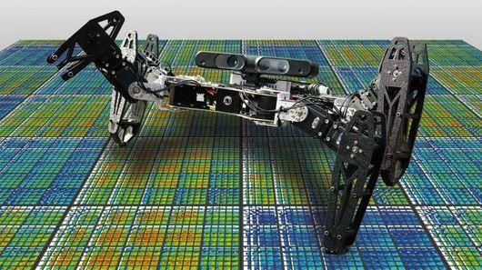 Робот продолжает роботу после потери одной конечности