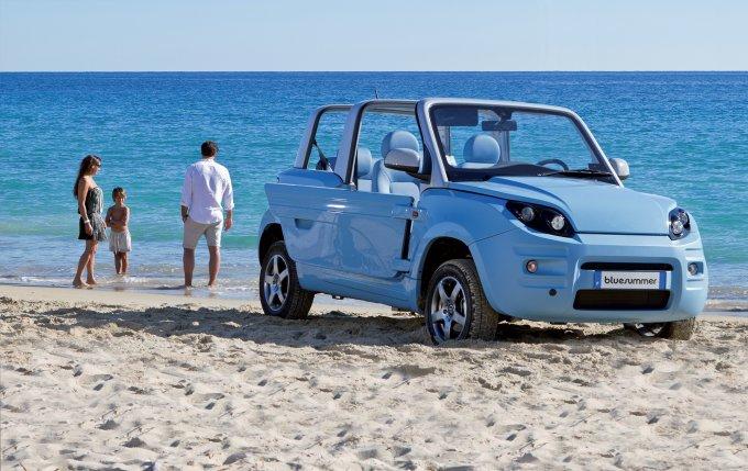 Bollore Bluesummer — серийный электромобиль в пластиковом корпусе
