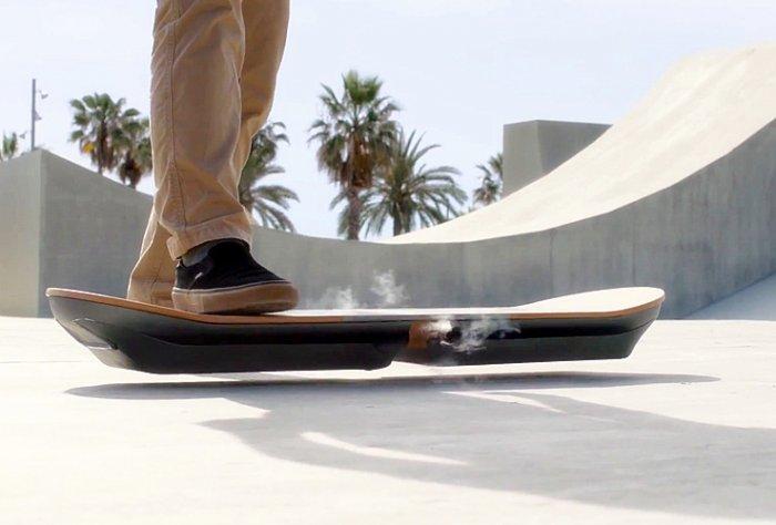 Lexus Hoverboard — скейт парящий в воздухе
