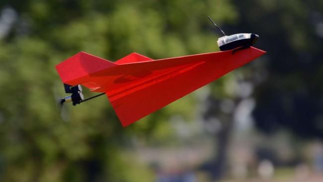 Федеральное агенство США приравняло бумажные самолеты к дронам