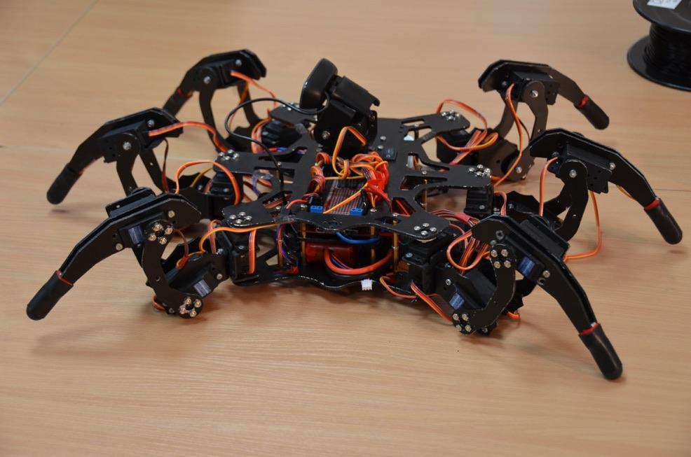 Московские школьники создают роботов на 3D-принтере